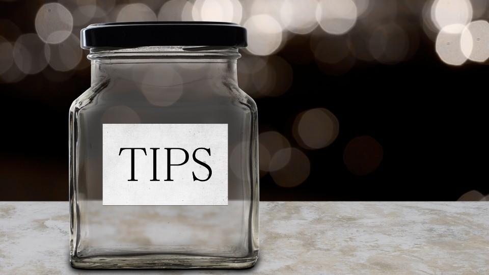 B2B Blog Revenue From Donations
